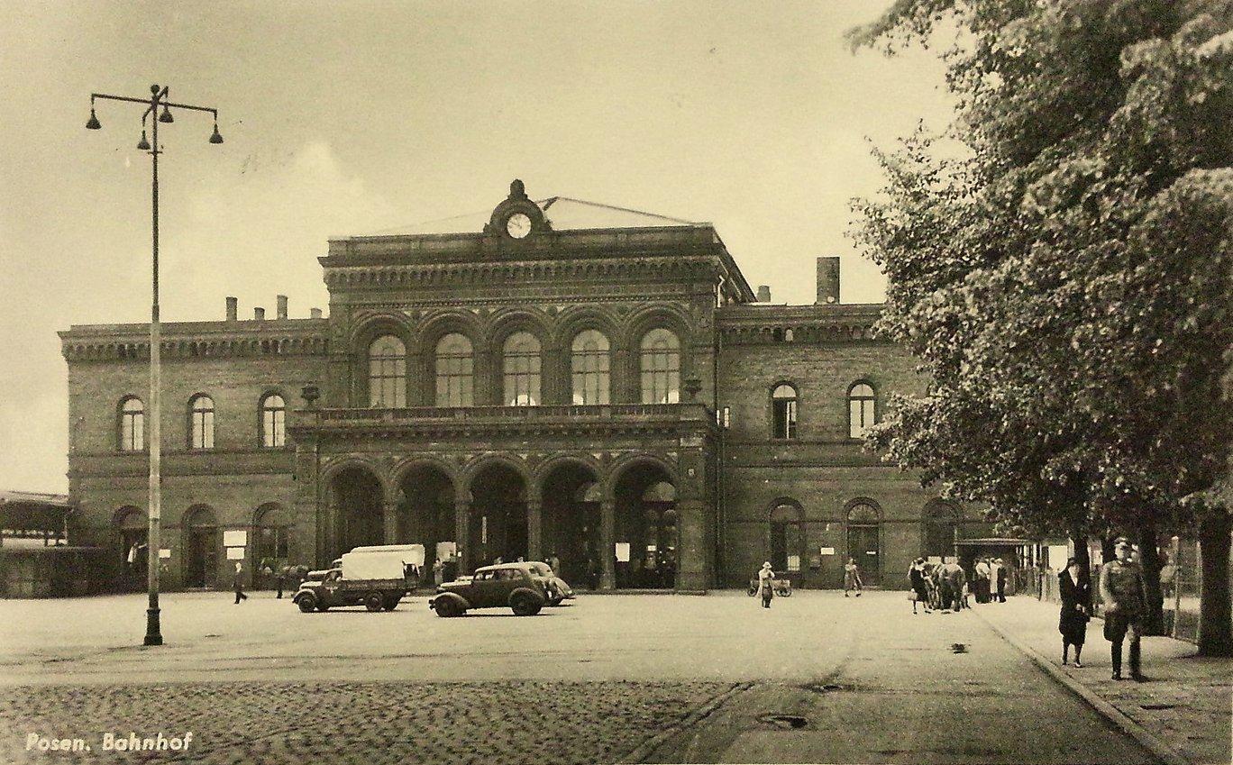 http://poznan.fotopolska.eu/foto/413/413494.jpg
